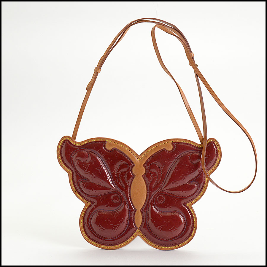 RDC10394 Louis Vuitton Red Vernis Butterfly Zip Pouch