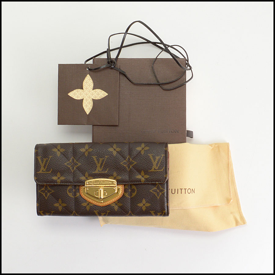 RDC10245 Louis Vuitton Etoile Wallet includes