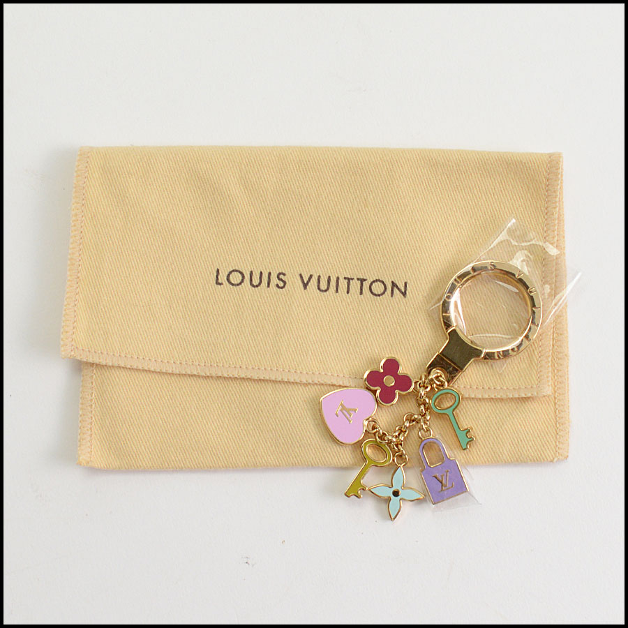 RDC10259 Louis Vuitton Heart/Key/Lock Key Holder includes