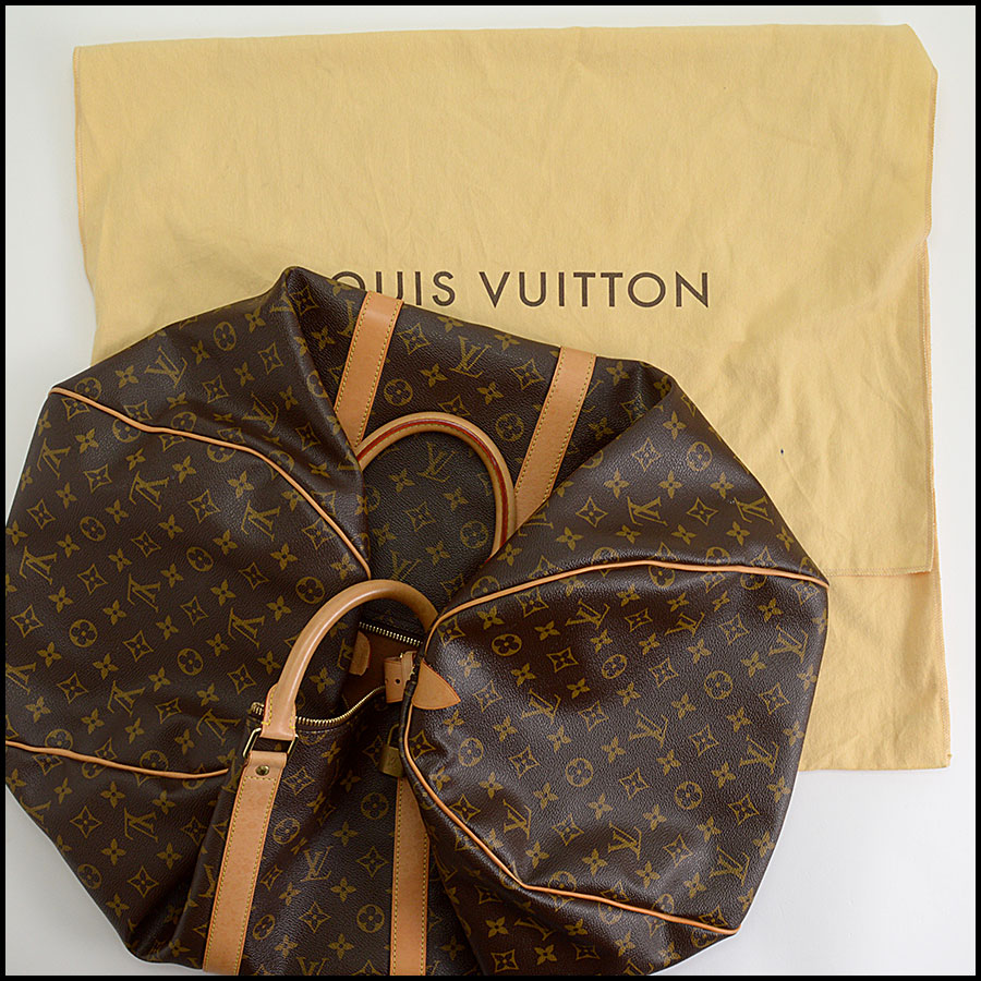 RDC10289 Louis Vuitton Keepall 55 includes