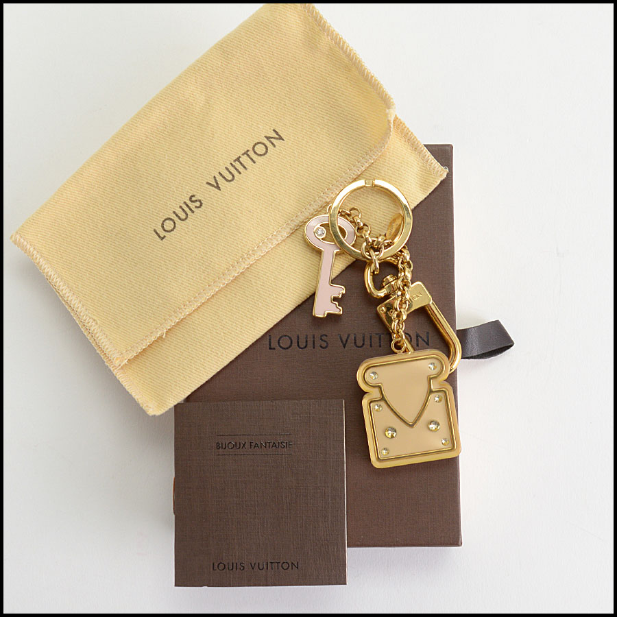 RDC10066 Louis Vuitton Lock Key includes