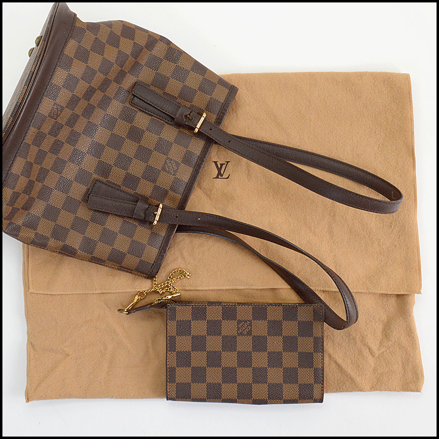 RDC11125 Louis Vuitton Damier Ebene Marais Bucket w/Pouch includes