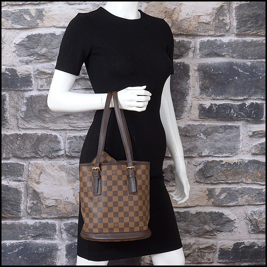 RDC11125 Louis Vuitton Damier Ebene Marais Bucket w/Pouch model