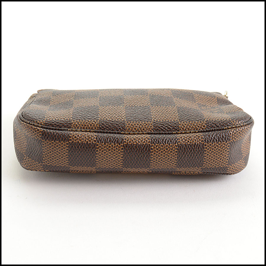 RDC10696 Louis Vuitton Damier Ebene Mini Pochette Bag bottom