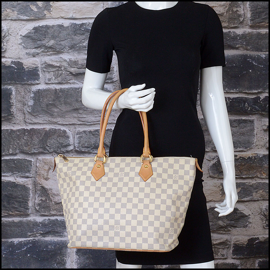 RDC10741 Louis Vuitton Damier Azur Saleya MM Tote model