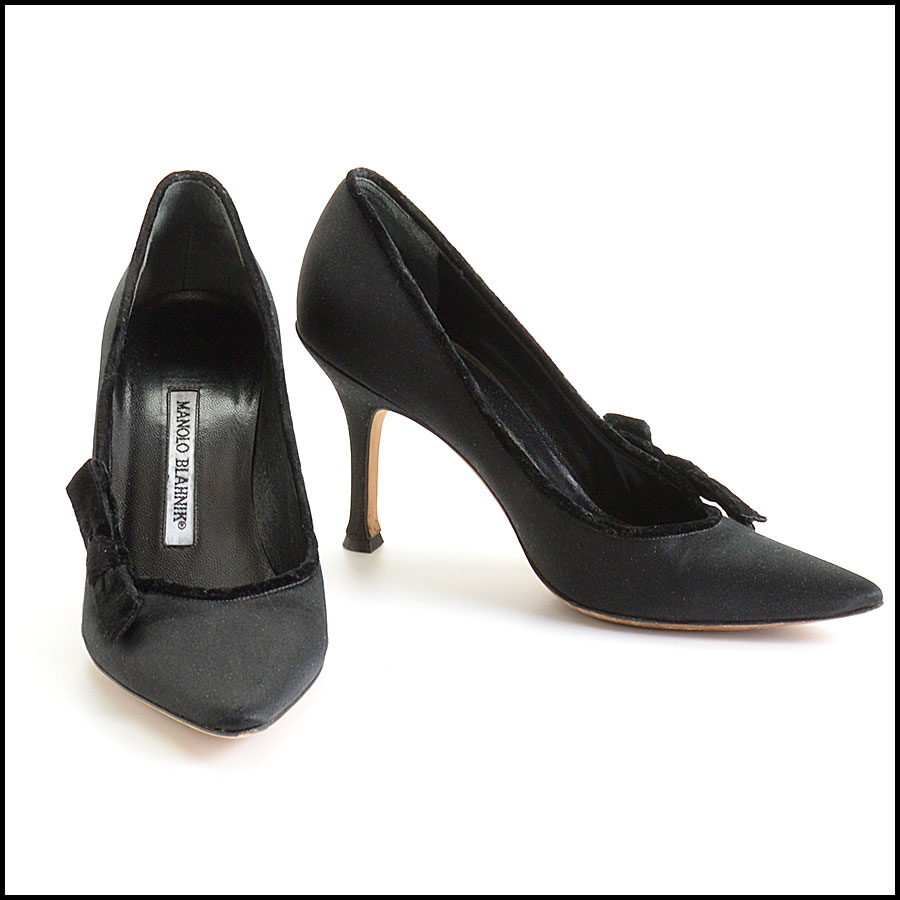 RDC10172 Manolo Blahnik Black Satin