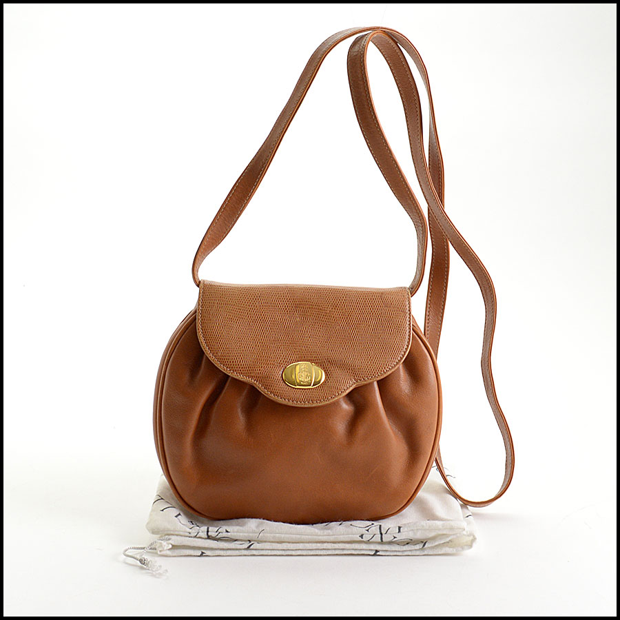 RDC10916 Mark Cross Vintage Tan Leather Crossbody Bag