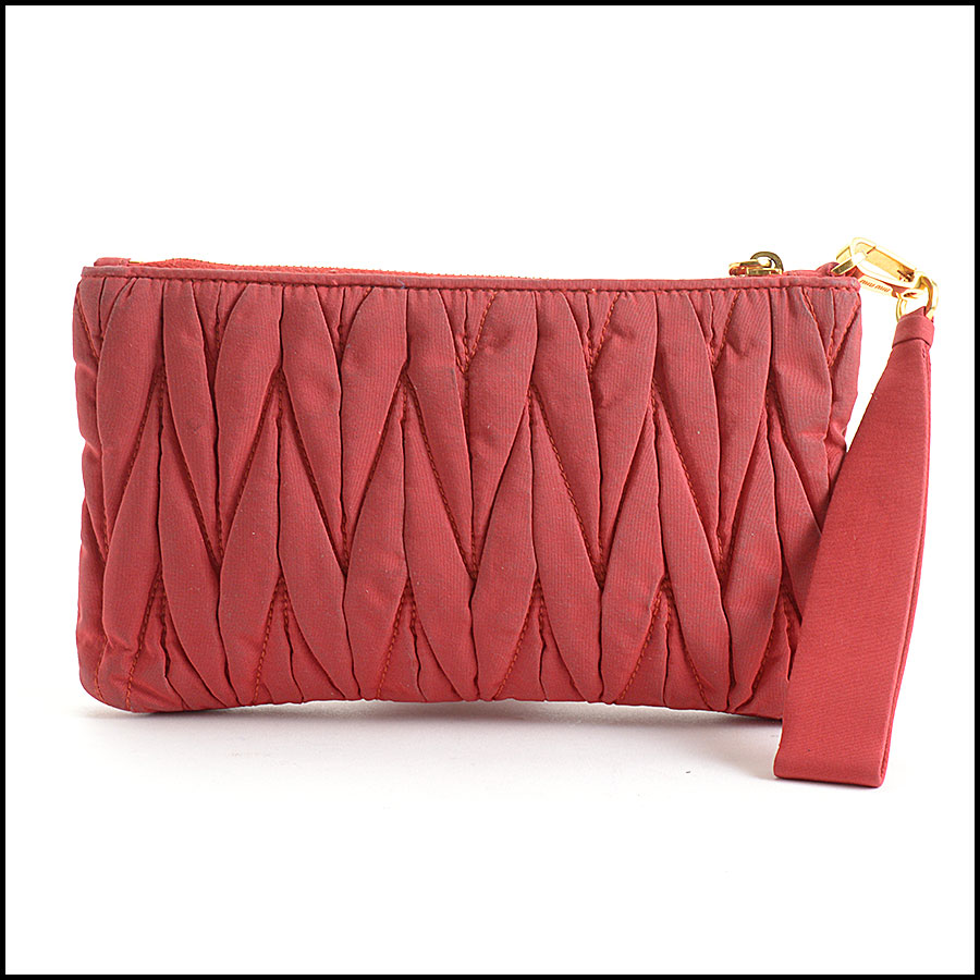 RDC10734 Miu Miu Red Matelasse Wristlet Clutch back