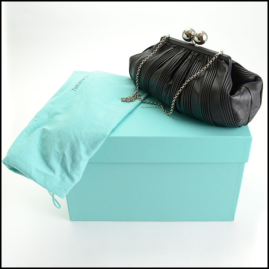 RDC10753 Tiffany & Co. Black Pleated Leather Ball Clasp Bag includes