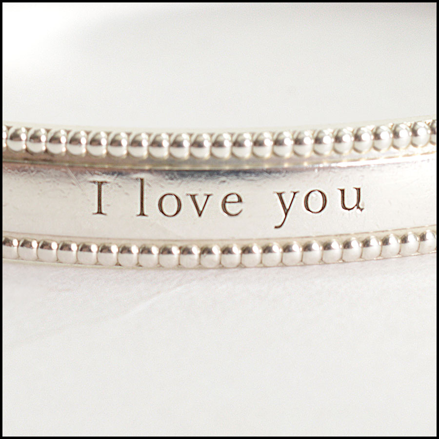 RDC10179 Tiffany & Co. I Love You Bangle close up 2