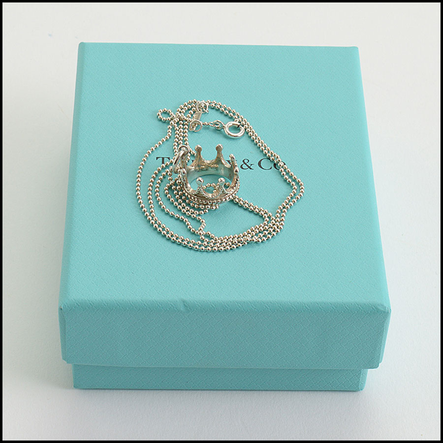 RDC10333 Tiffany & Co. Silver Chain Necklace w/Crown Pendant