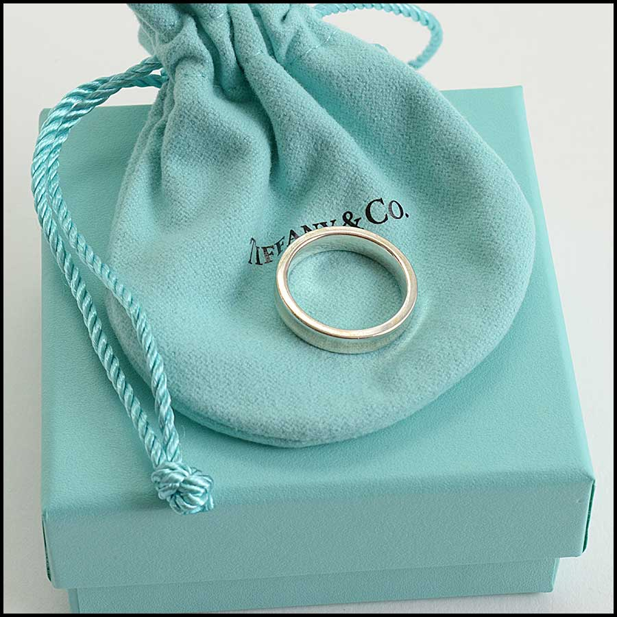 RDC11117 Tiffany & Co. Sterling Silver 1837 Concave Band Ring